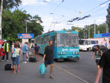 Crimean 51 Alushta-Simferopol inter-city trolleybus in Simferopol.jpg